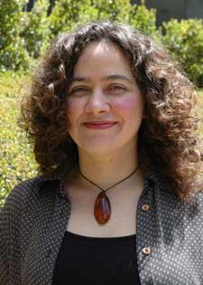 Photo of Associate Professor of Mathematics Mariel Vazquez